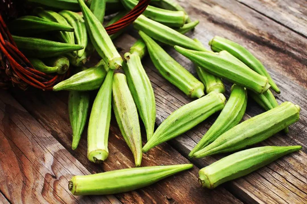 ΜΠΑΜΙΕΣ : Ένα λαχανικό που ή το αγαπάς ή το μισείς.