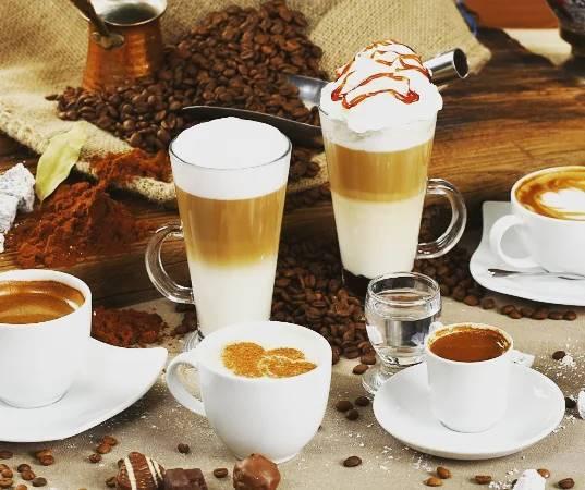 Επιτρέπεται ο καφές ☕ στη δίαιτα; (Ερώτηση πελάτισσας).